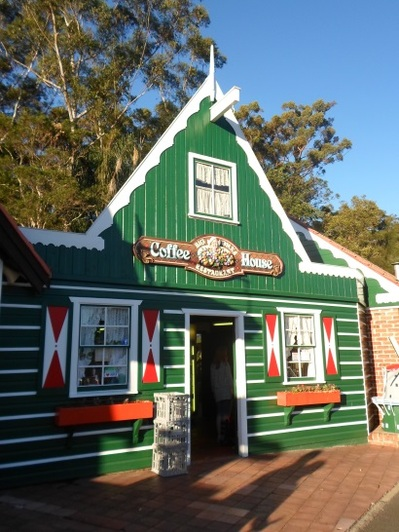 clog barn coffs harbour Big Oma's Coffee House cafe