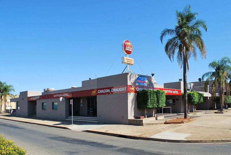 Griffith Hotel 1  - Discovering Griffith and Experiencing Outback on a Road Trip from Sydney