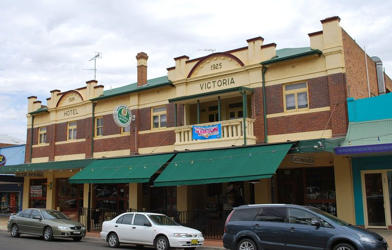 Griffith Hotel 1