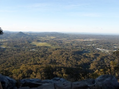 mount cooroora pomona, mount cooroora sunshine coast, mount cooroora king of the mountain, mount cooroora view